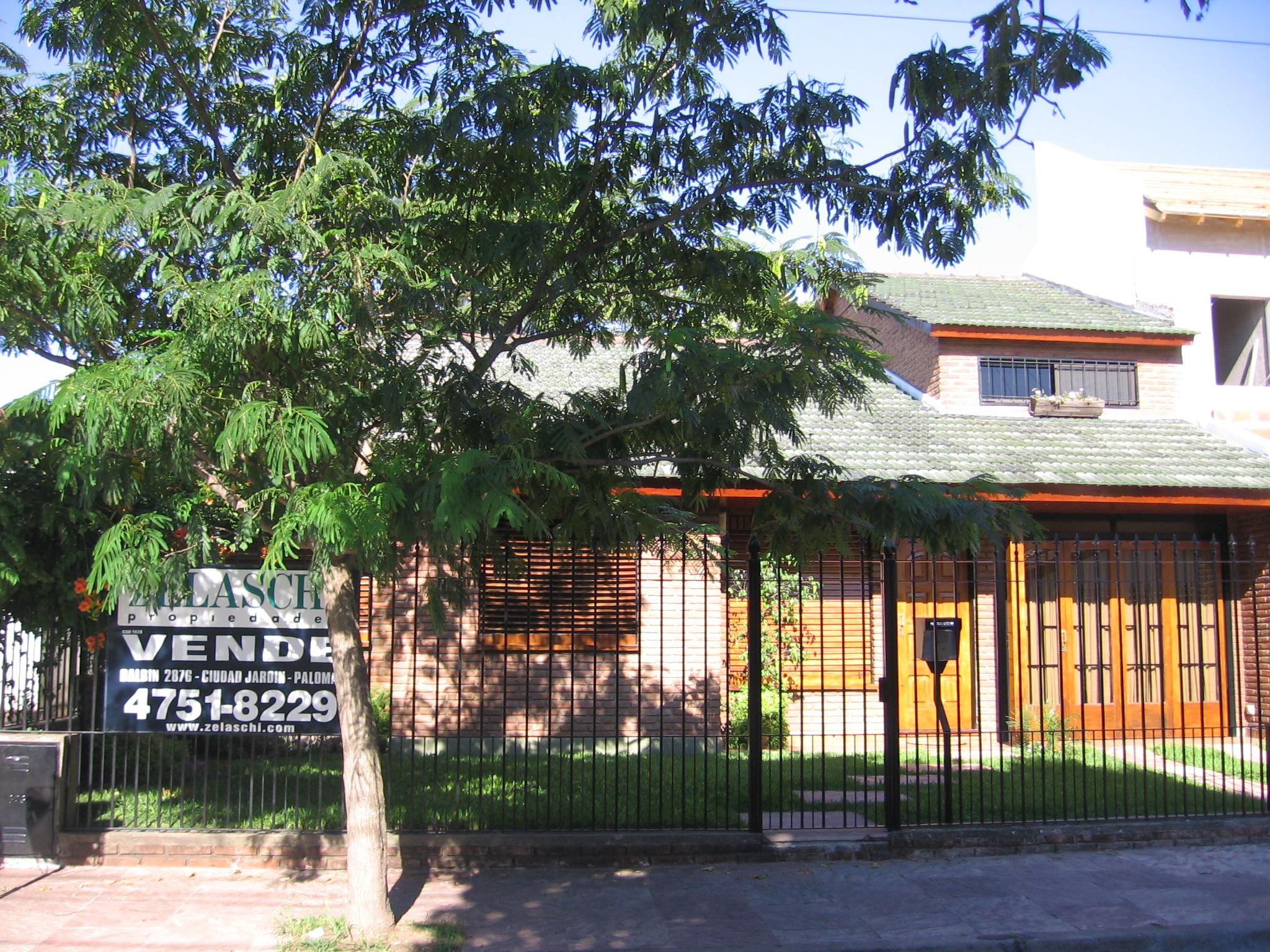 Koehl casa en venta en ciudad jardin lomas del palomar for Alquileres en ciudad jardin el palomar